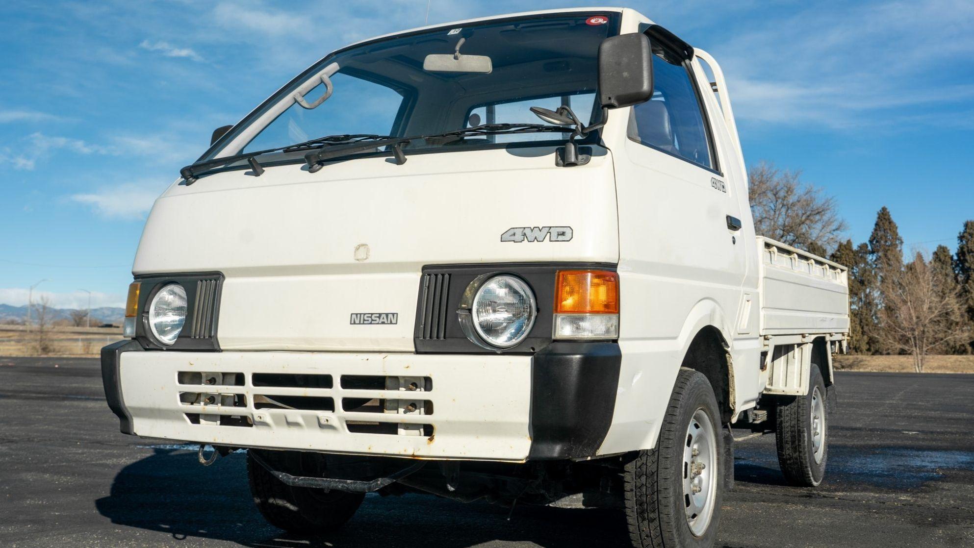 1990 Nissan Vanette 4×4 5-Speed
