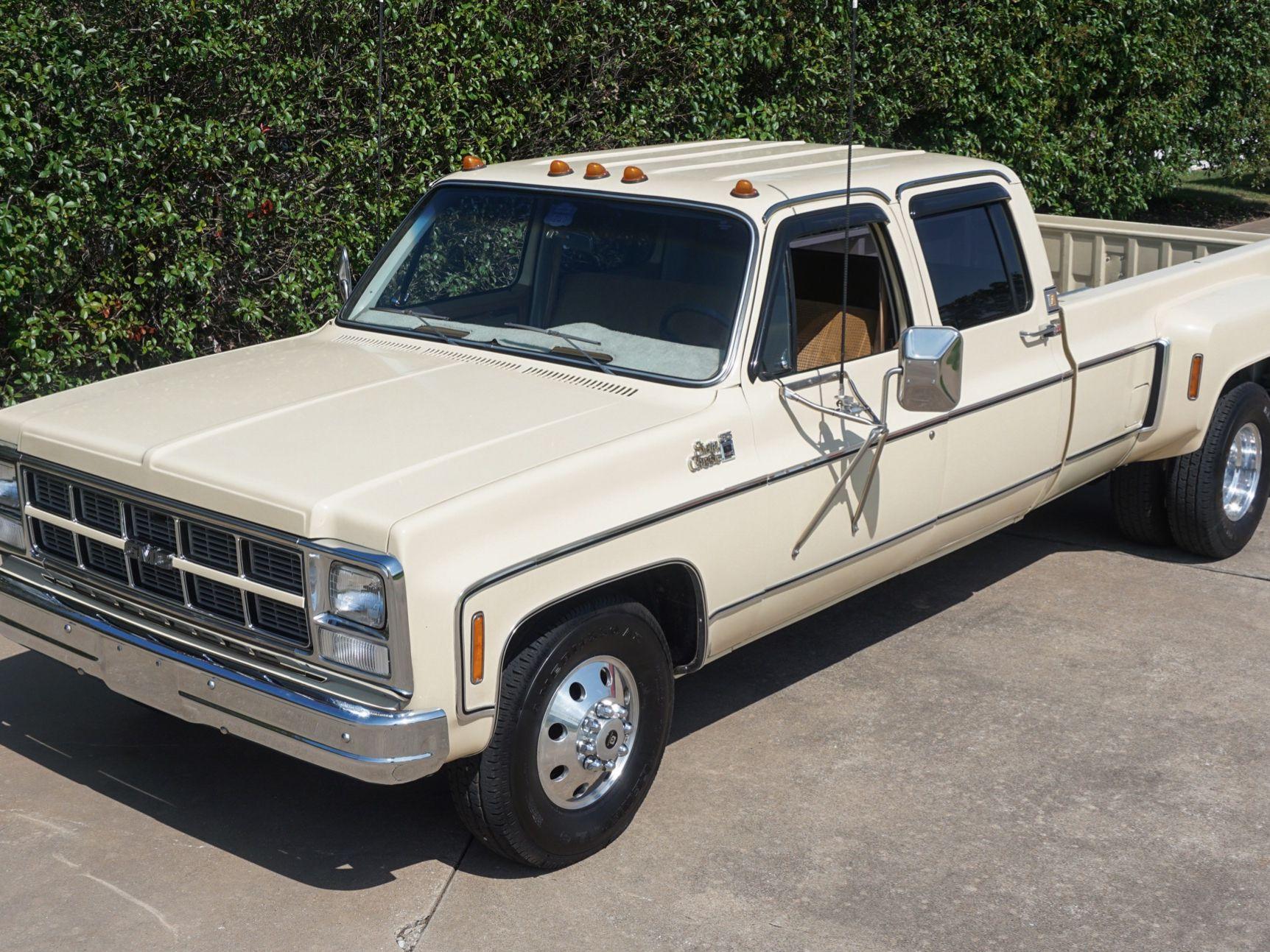 1980 GMC C3500 Sierra Classic Camper Special Crew Cab 454 4-Speed