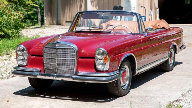 1963 Mercedes-Benz 220SE Convertible