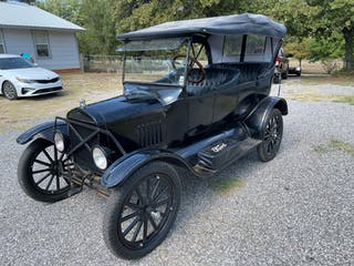 1924 Ford Model T - Touring
