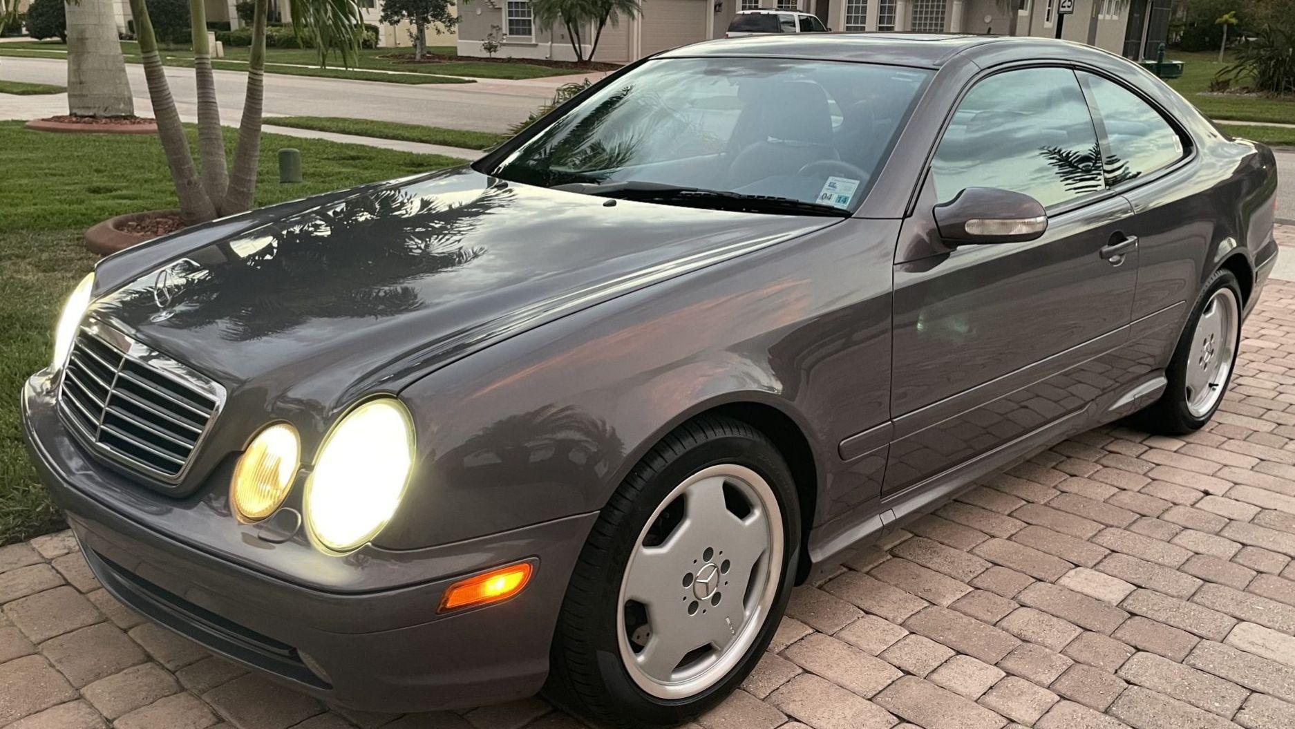 2002 Mercedes-Benz CLK55 AMG
