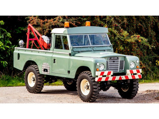 """1976 Land Rover Series III 109"""" 4X4 Tow Truck"""