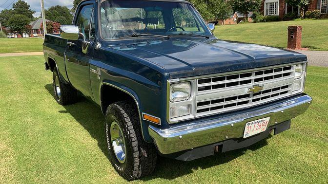 1987 Chevrolet K-10 4X4