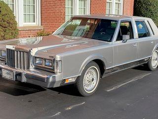 1987 Lincoln Town Car Cartier