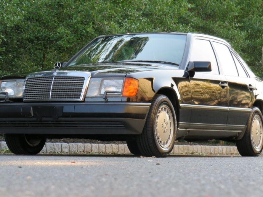 1989 Mercedes-Benz 300E