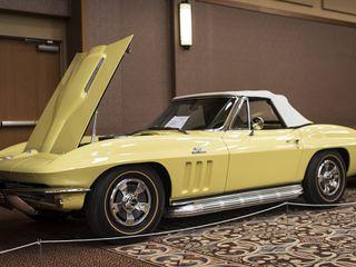 1966 Chevrolet Corvette Convertible L72 427
