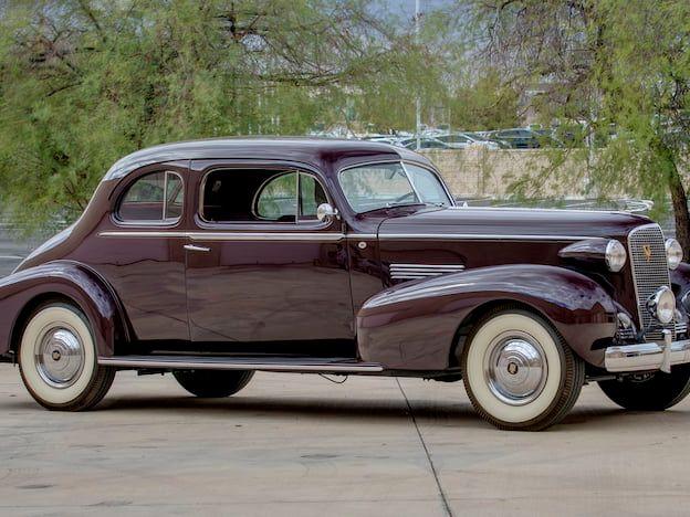 1937 Cadillac 85 V-12 Limousine Coupe