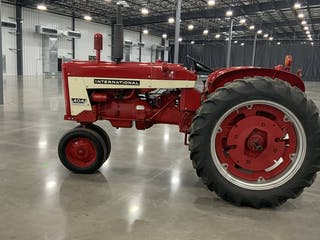 1957 International Harvester 404 Gas