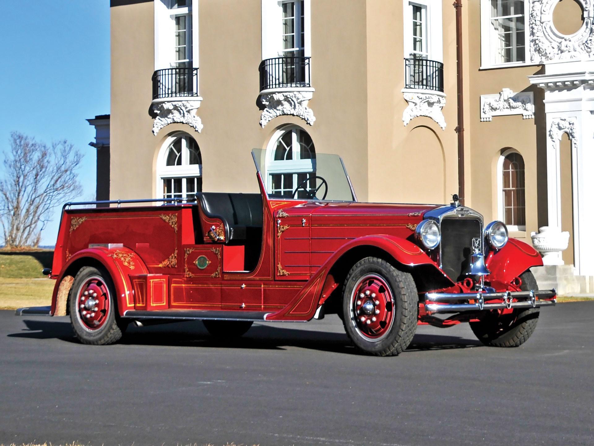 1936 American Lafrance 'Senior' 400 Series Squad Truck