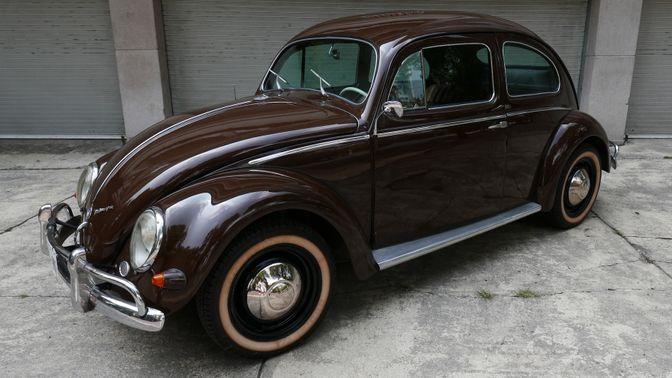 1957 Volkswagen Beetle - Oval Window
