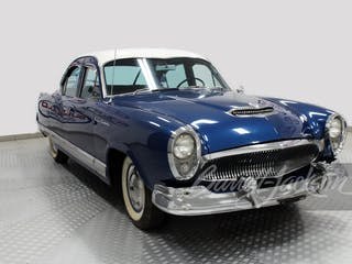 1954 Kaiser Manhattan 4-Door Sedan