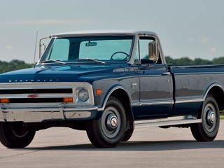 1968 Chevrolet C20 Custom Camper Pickup
