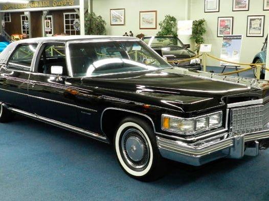 1976 Cadillac Fleetwood Brougham d'Elegance