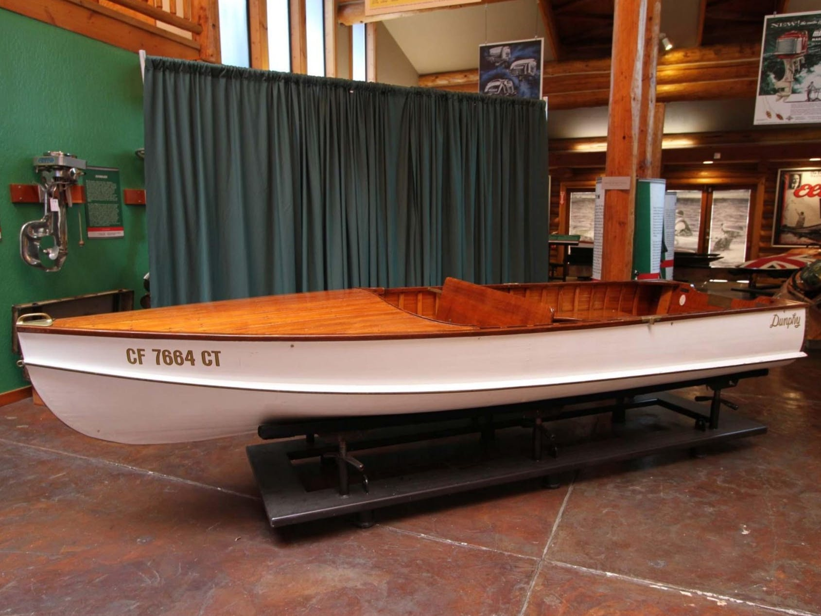 1940 Dunphy 14′ Sand Dab Wooden Boat