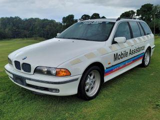 2000 BMW 528IA Sport Wagon