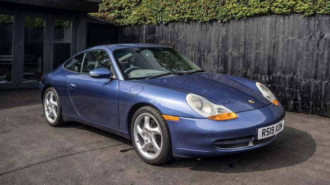 1998 Porsche 911 (996) Carrera - Manual