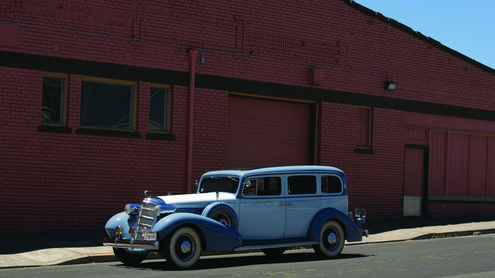 1935 Cadillac Eight
