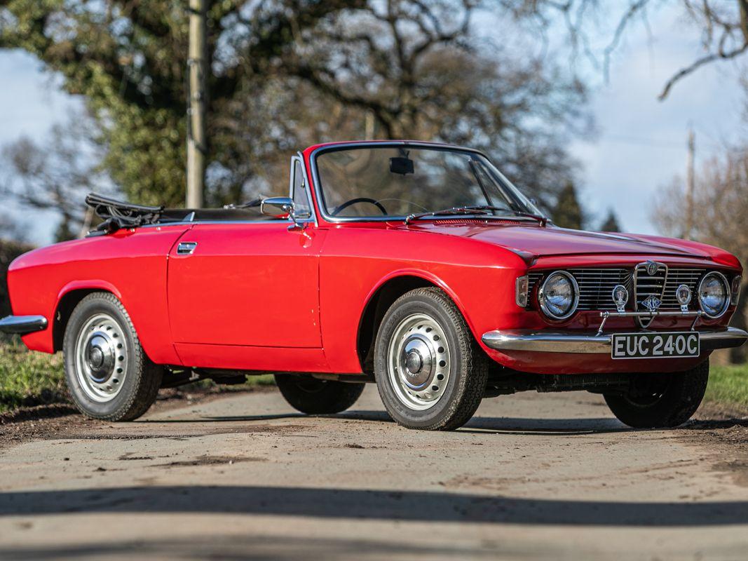 1965 Alfa Romeo Giulia Sprint GTC Cabriolet