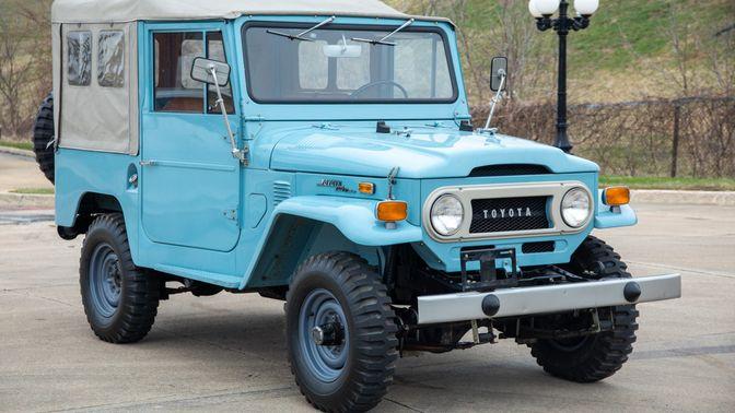 1973 Toyota Land Cruiser FJ40 Restored