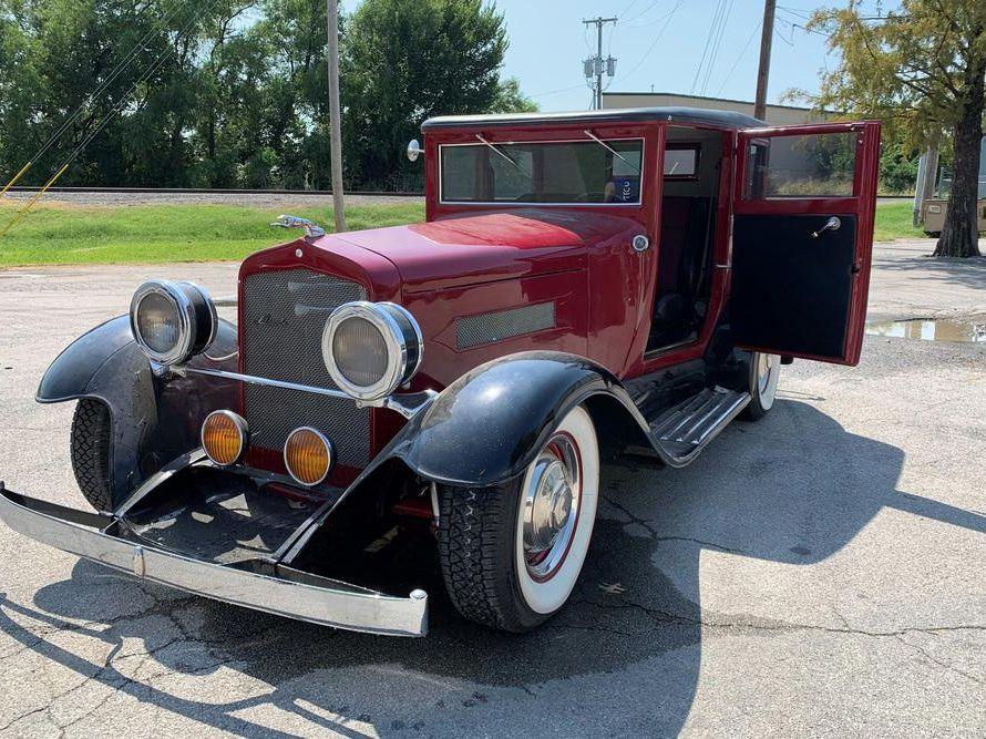 1920 Lincoln Custom 2-Door Sedan