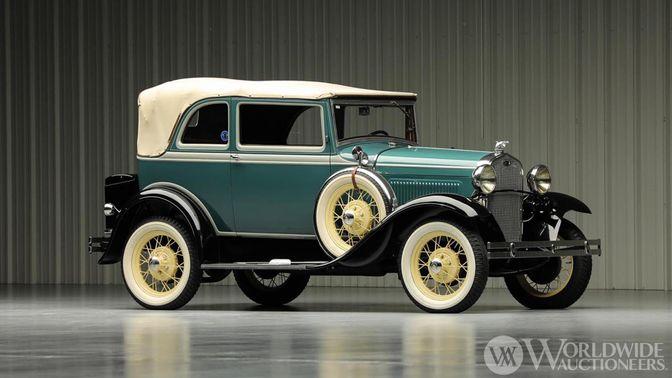1931 Ford A 400 Convertible Sedan