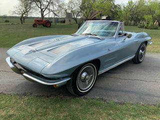 1963 Chevrolet Corvette Convertible Nom V8