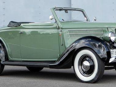 1936 Ford Model 68 Cabriolet