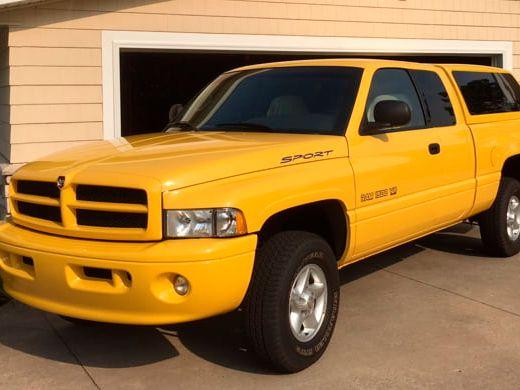 2000 Dodge Ram Pickup