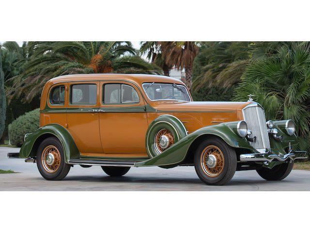 1934 Pierce-Arrow Twelve Sedan