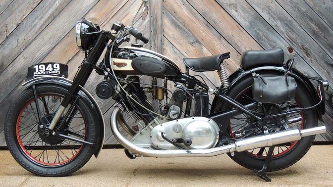 1949 Panther 100
