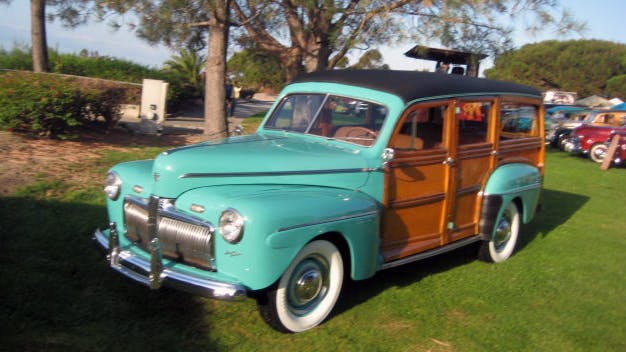 1942 Ford Super Deluxe Woody Wagon