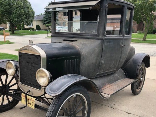 1925 Ford Model T Doctors Coupe