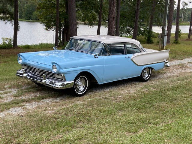 1957 Ford Fairlane 2-Door Club Sedan