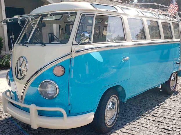 1975 Volkswagen Type II Bus