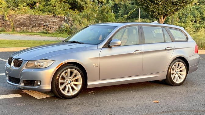 2010 BMW 328i xDrive Sports Wagon