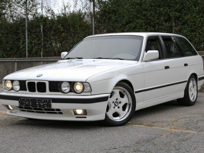 1992 BMW M5 Touring 5-Speed