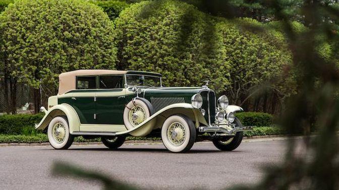 1932 Auburn 8-100A Phaeton Sedan