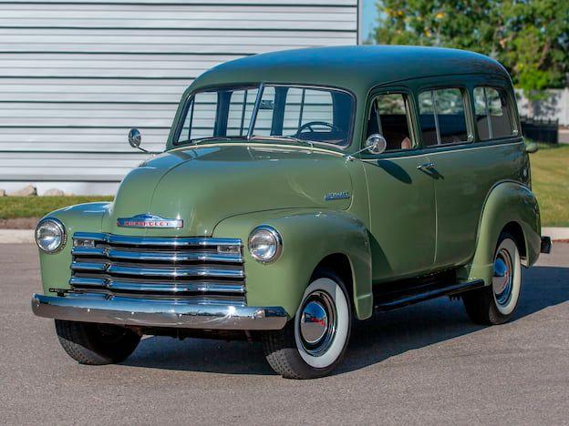 1952 Chevrolet Suburban Carryall