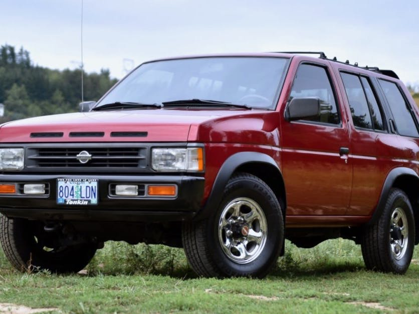 1993 Nissan Pathfinder 5-Speed 4×4