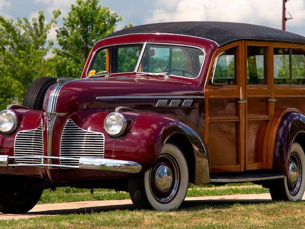 1940 Pontiac Special 6 Woody Wagon