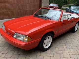 1992 Ford Mustang LX 5.0 Convertible 5-Speed