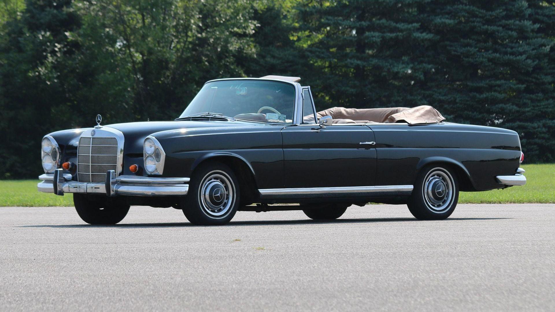 1965 Mercedes-Benz 220 SE Cabriolet