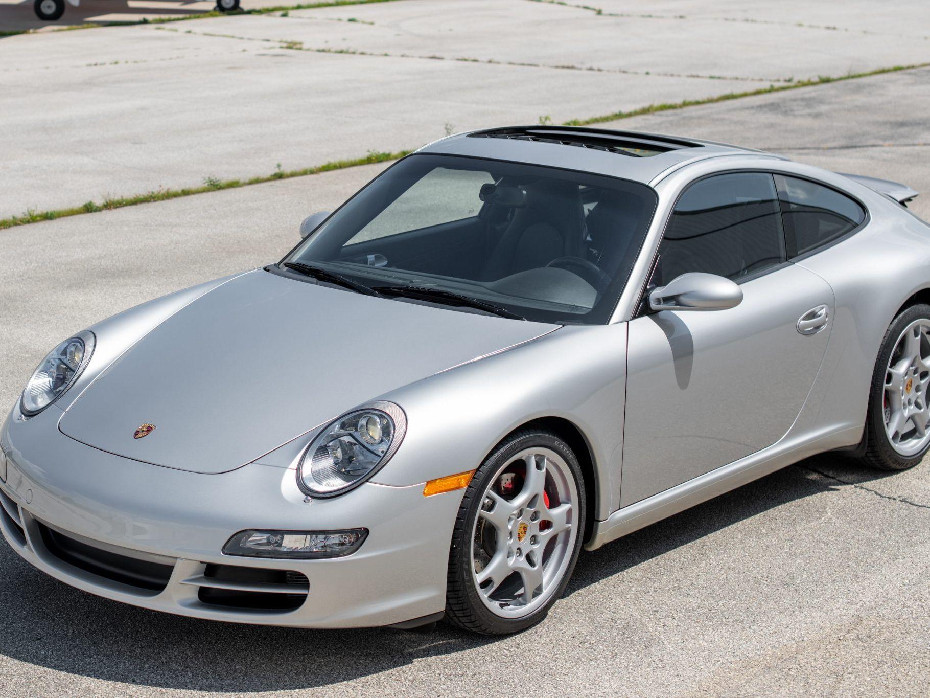 2006 Porsche 911 Carrera S 6-Speed