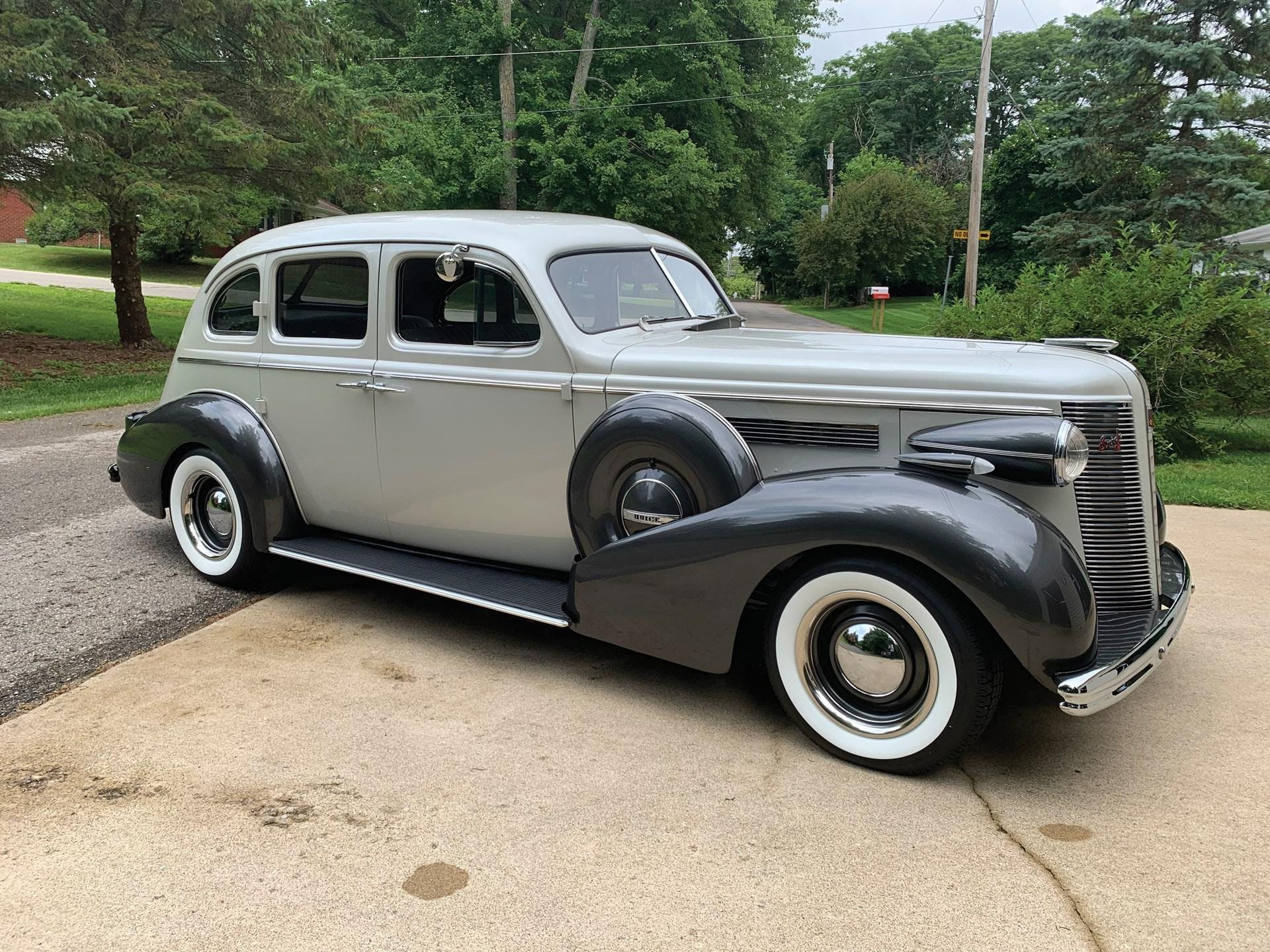 1937 Buick Series 40 Special Custom