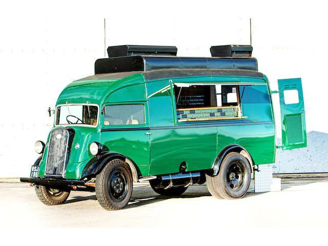 1949 Fordson 7V Box Van