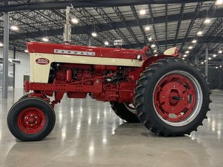 1958 Farmall 560 Gas