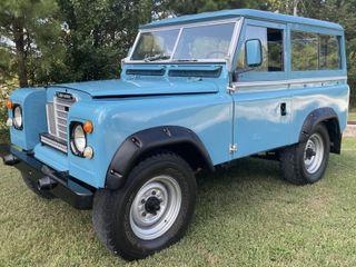 1969 Land Rover 88 Series IIA 4×4 Santana
