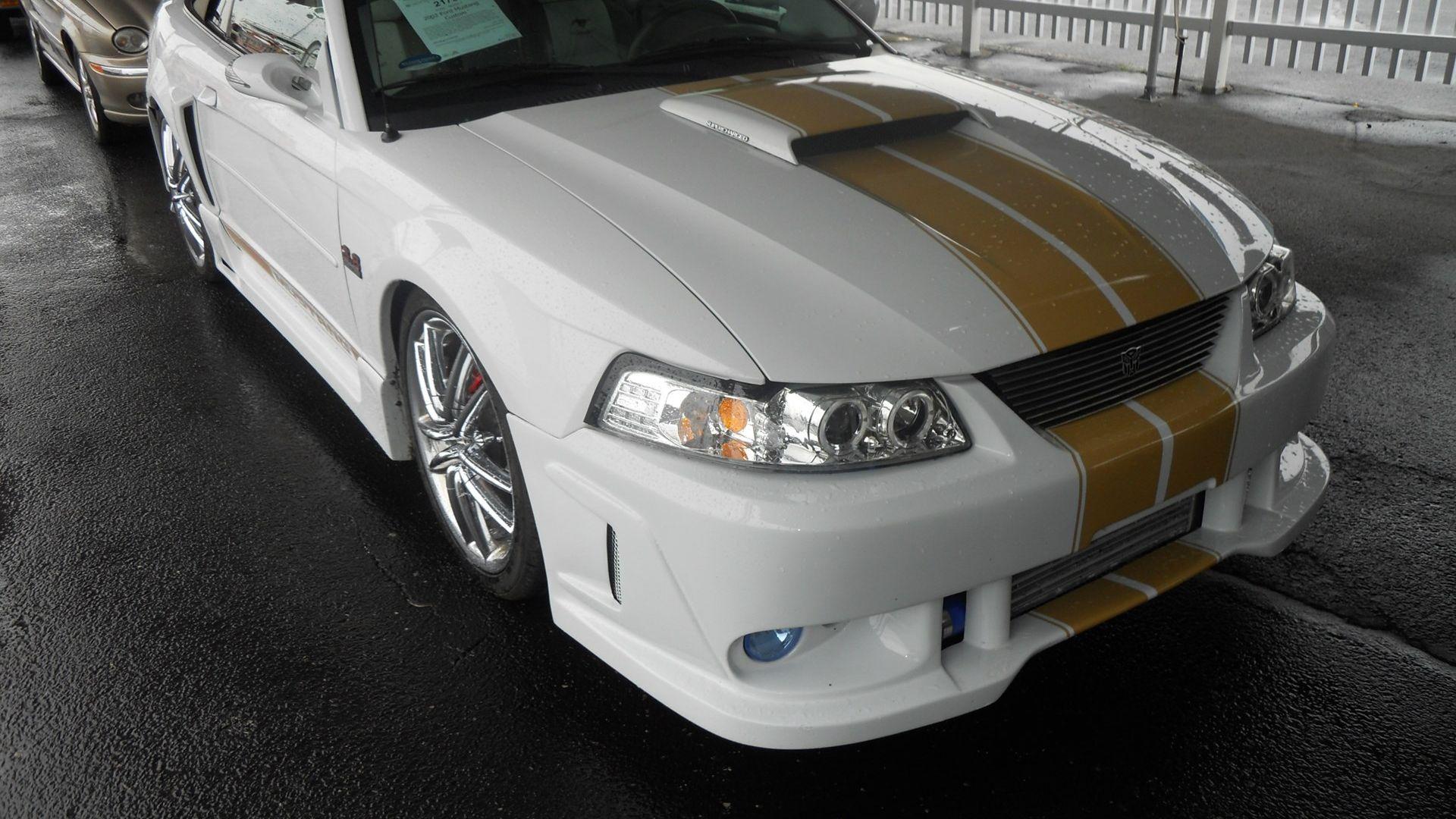2002 Ford Mustang Custom