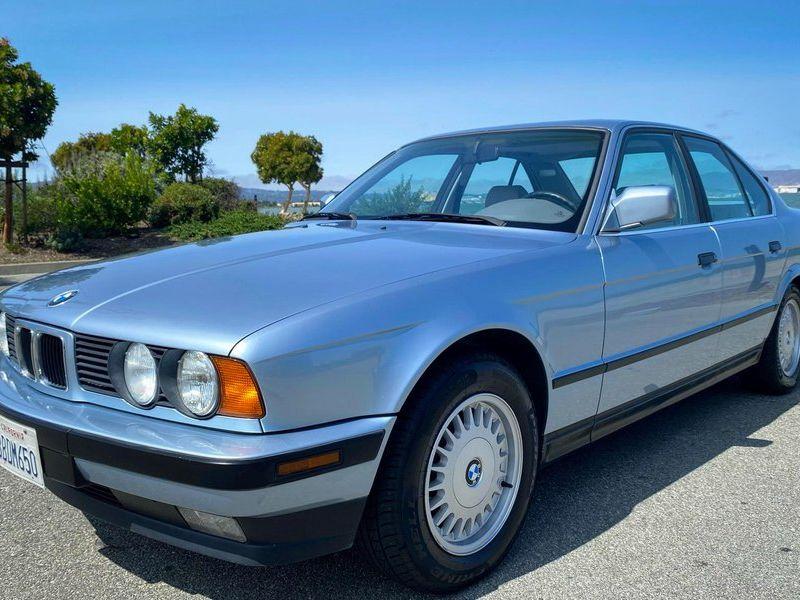 1992 BMW 525i Sedan