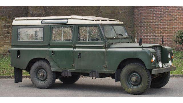 1969 Land Rover Series IIA 4X4 12-Seater Estate